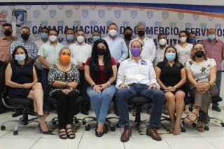 Canaco Tuxtla realiza segundo encuentro con candidatos a la alcaldía de la capital chiapaneca.